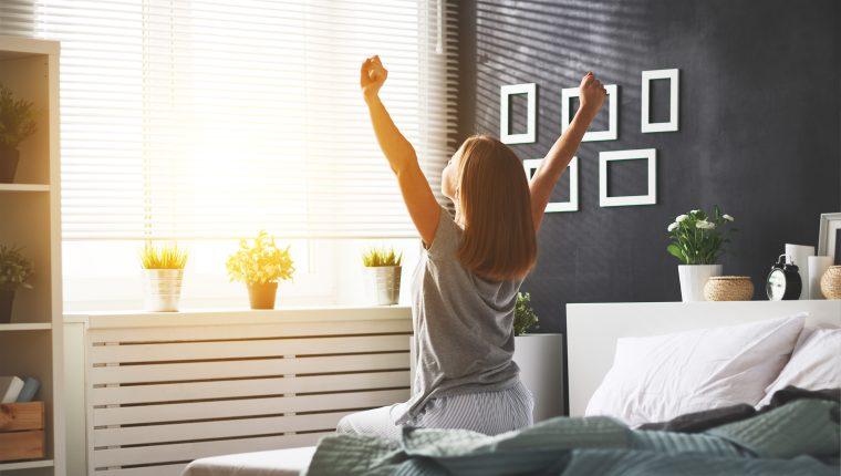 Las posiciones para dormir influyen en el descanso, el humor y el estado de la columna vertebral. (Foto Prensa Libre: Servicios).