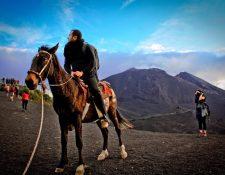 Volcán de Pacaya, uno de los destinos turísticos más importantes del departamento de Guatemala. (Foto Prensa Libre: volcandepacaya.info)