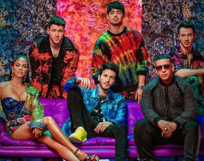 """Sebastián Yatra promociona """"Ranaway"""", tema en el que participan los Jonas Brothers, Daddy Yankee y Natti Natasha. (Foto Prensa Libre: Universal Music Centroamérica)"""