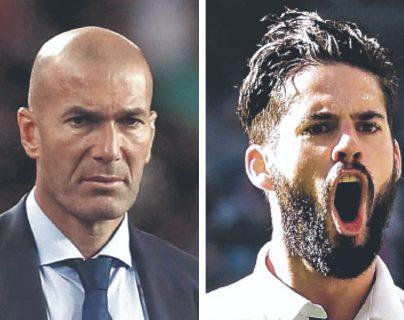 Zinedine Zidane e Isco Alarcón, director técnico y jugador del Real Madrid. (Foto Prensa Libre: Hemeroteca PL)