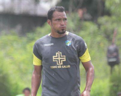Ángel Rodríguez, exjugador de Comunicaciones. (Foto Prensa Libre: Twitter @CremasOficial)