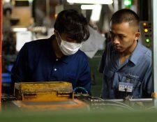 La incorporación de extranjeros a la fuerza laboral en Japón es crucial para reducir el déficit de trabajadores.
