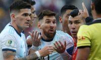 Messi se despidió de la Copa América expulsado del partido contra Chile.