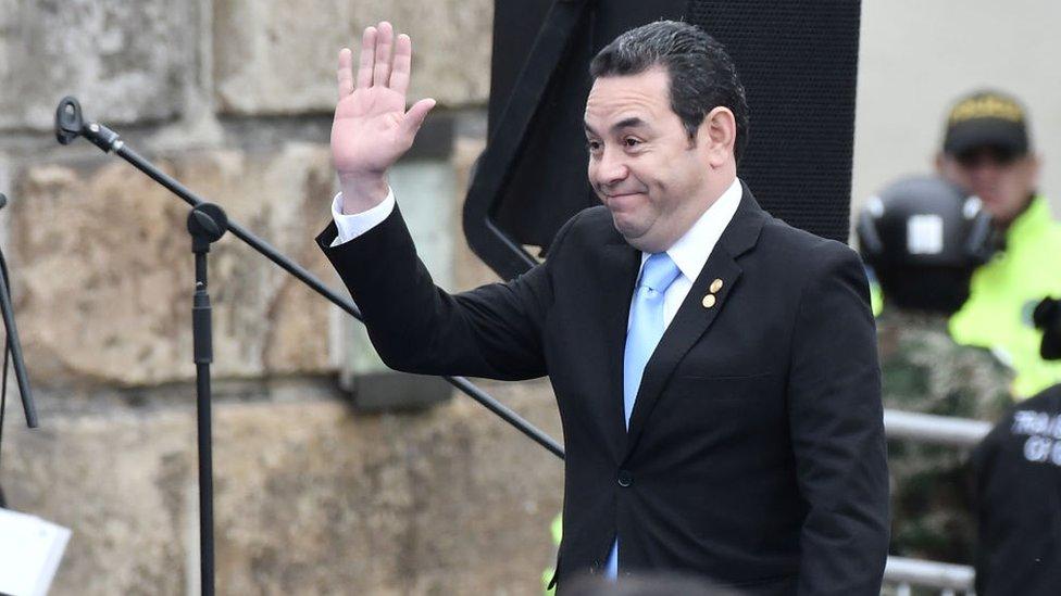 """Crisis migratoria: ¿puede Guatemala convertirse en un """"tercer país seguro"""" como quiere Donald Trump?"""