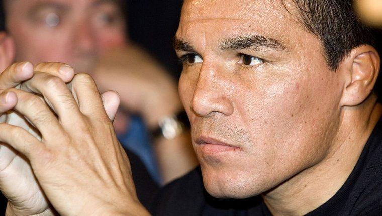 El exboxeador argentino Carlos html5-dom-document-internal-entity1-quot-endTatahtml5-dom-document-internal-entity1-quot-end Baldomir fue condenado a 18 años de prisión por abusar sexualmente de su hija.