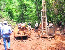 La suspensión temporal de operaciones de la mina Fénix se refiere a la extracción de niquel. (Foto Prensa Libre: Hemeroteca)