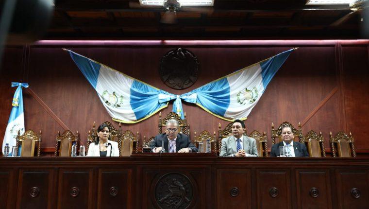Magistrados Gloria Porras, Bonerge Mejía, Francisco de Mata y Neftalí Aldana rechazaron las críticas de Morales el 23 de julio. (Foto Prensa Libre: Hemeroteca PL)