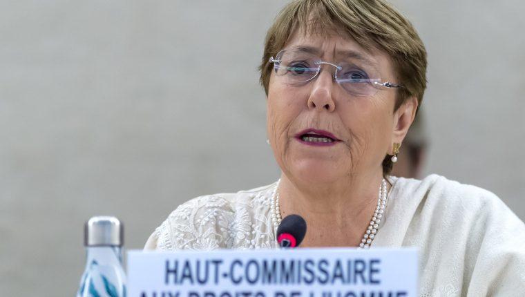 La Alta Comisionada de las Naciones Unidas para los Derechos Humanos, la chilena Michelle Bachelet, reacciona sobre la situación de migrantes en EE. UU. (Foto Prensa Libre: EFE)