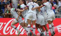 Lyon (France), 07/07/2019.- Rose Lavelle of the USA celebrates with team mates after scoring a goal during the FIFA Women's World Cup 2019 final soccer match between USA and Netherlands in Lyon, France, 07 July 2019. (Mundial de Fútbol, Francia, Países Bajos; Holanda, Estados Unidos) EFE/EPA/SRDJAN SUKI
