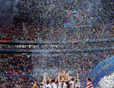 Las jugadoras de la selección estadounidense fue la última monarca del mundial femenino. (Foto Prensa Libre: EFE)