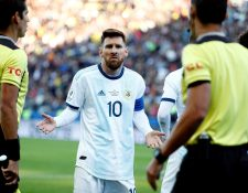 El futbolista argentino Lionel Messi criticó el arbitraje de la Copa América 2019. (Foto Prensa Libre: EFE)
