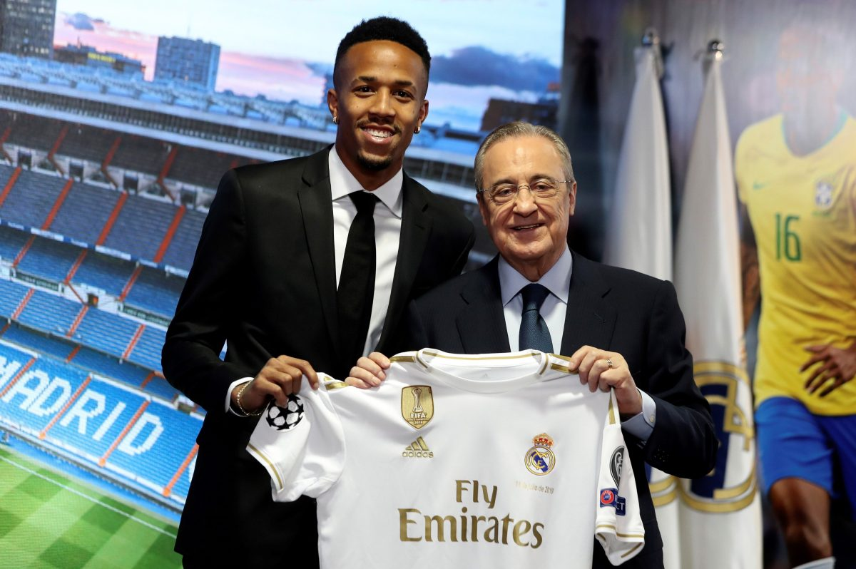 Militao fue presentado como jugador del Real Madrid y aseguró que defenderá al club por amor