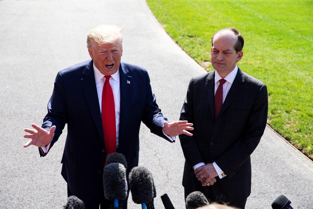 Trump dijo que visitará centros de detención para inmigrantes
