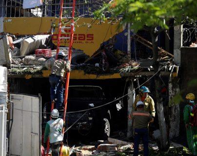 Al menos 3 muertos deja explosión de cilindros de gas propano en El Salvador.