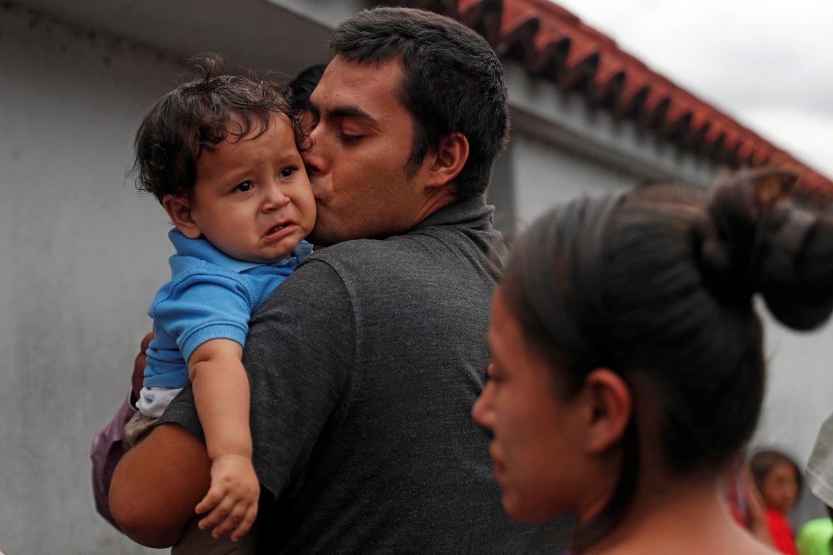 Guatemala carece de programas para reinsertar a la vida laboral a los migrantes deportados