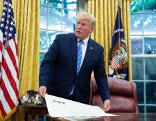 El presidente Donald Trump amenazó a Guatemala con gravar  las remesas familiares y subir los aranceles a las exportaciones del país. (Foto Prensa Libre: Hemeroteca PL)