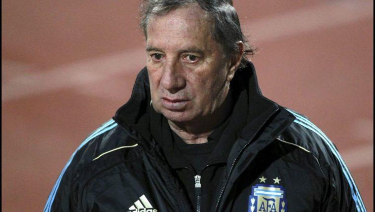 La salud de Carlos Bilardo ha empeorado, los argentinos ruegan por su pronta recuperación. (Foto Prensa Libre: Hemeroteca PL)