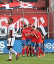 Municipal perdió una ventaja de 2-0 frente a la Liga Deportiva Alajuelense. (Foto Prensa Libre: Francisco Sánchez)