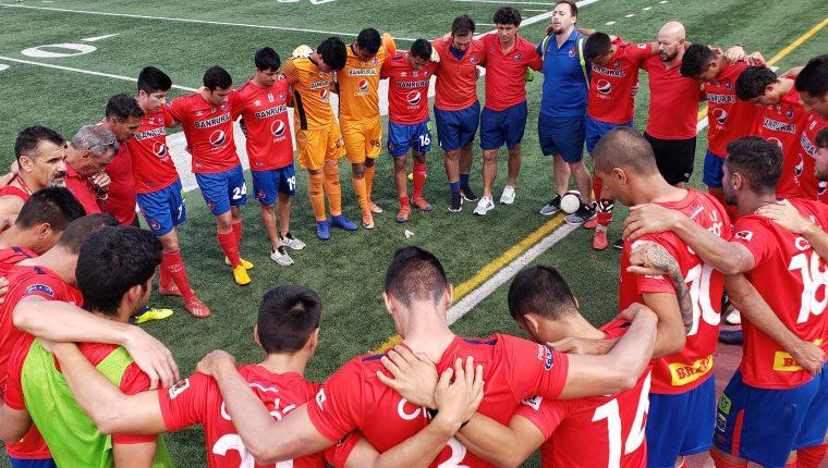 Municipal disputó cinco partidos contra equipos de divisiones inferiores de Estados Unidos. (Foto Prensa Libre: Twitter @Rojos_Municipal)
