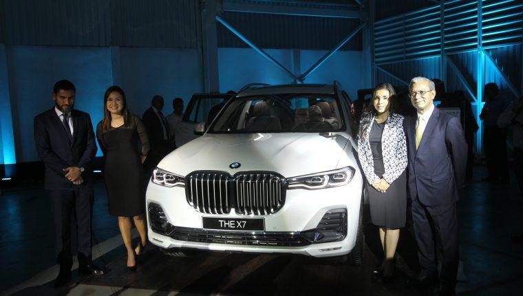 Presentaron los tres nuevos modelos de vehículos de la marca BMW. Foto Norvin Mendoza