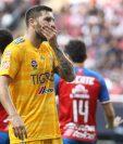 Andre-Pierre Gignac tuvo un partido complicado contra las Chivas. (Foto Prensa Libre: AFP)