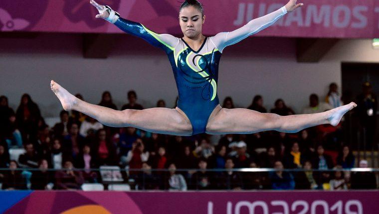Ana Irene Palacios durante su participación en los juegos de Lima, Perú. (Foto Prensa Libre: AFP)