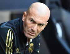 El técnico francés Zinedine Zidane está más tranquilo por el funcionamiento de su equipo, aunque perdieron 1-0. (Foto Prensa Libre: AFP)
