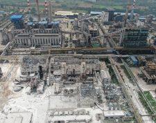 FOTODELDIA-FUZ06. YIMA (CHINA), 20/07/2019.- Vista aérea de una planta de gas en Yima tras una explosión, en Henán, China, este sábado. Al menos dos personas han muerto y 12 están desaparecidas tras una explosión en una planta de gas en Yima. EFE/ Stringer PROHIBIDO SU USO EN CHINA
