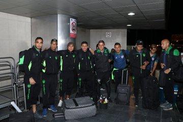 Los jugadores de Antigua GFC partieron felices rumbo a Canadá, para el partido por la Concacaf. (Foto Prensa Libre: Antigua GFC)