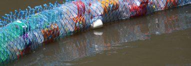 El propósito es reunir 600 envases plásticos para las tres biobardas. (Foto Prensa Libre: Archivo)
