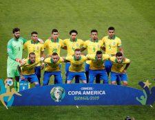 Brasil recuperó la efectividad, pero estuvo lejos de dominar al rival y traicionó su estilo de jugar bonito (Foto Prensa Libre: EFE)