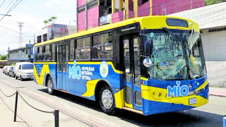 Buses del servicio de transporte Transmío que funcionan en Villa Nueva. (Foto Prensa Libre: hemeroteca PL)