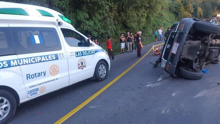 En Colomba, Quetzaltenango, una adolescente murió en un accidente de tránsito. (Foto Prensa Libre: CBMD)