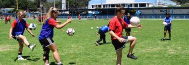 Para este jueves 4 de julio se jugará el amistoso entre Deportivo Xela y Atletas en Acción Canadá. (Foto Prensa Libre: Raúl Juárez)
