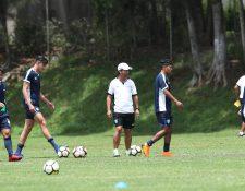 La Selección Nacional Sub 23 de Guatemala cumple con un entrenamiento en el Proyecto Goal, como parte de la preparación para disputar la serie contra Costa Rica, en el camino hacia Tokio 2020. (Foto Prensa Libre: Francisco Sánchez).