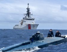 (Foto Prensa Libre: Guardia Costera de los Estados Unidos).