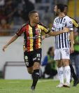 Marvin Ceballos ya festejó su primer gol con los Leones Negros de Guadalajara. (Foto Prensa Libre: Twitter)