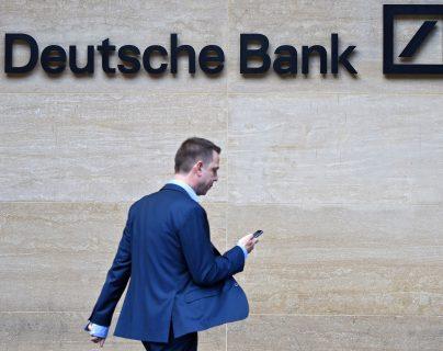 Deutsche Bank anuncia reducción de personal con un plan de tres años. (Foto, Prensa Libre: Efe).
