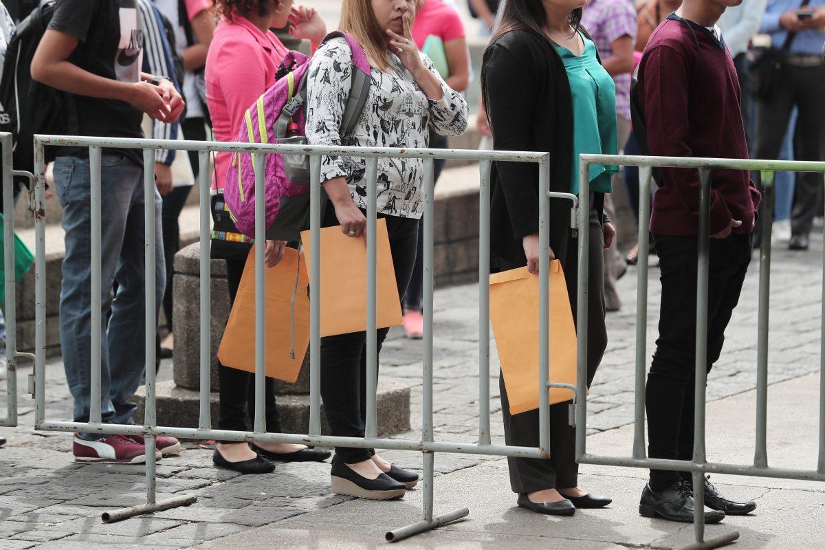 Fotogalería: Feria del Empleo, Parque Central