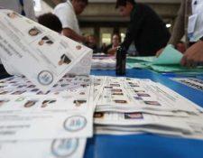 El Ministerio Público abrió investigación en contra de tres mil 200 digitadores que analizaron datos de las votaciones generales. (Foto Prensa Libre: Hemeroteca PL)