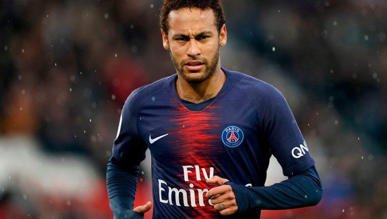 Neymar está con el PSG de gira, pero no jugará en la pretemporada. (Foto Prensa Libre: AFP)