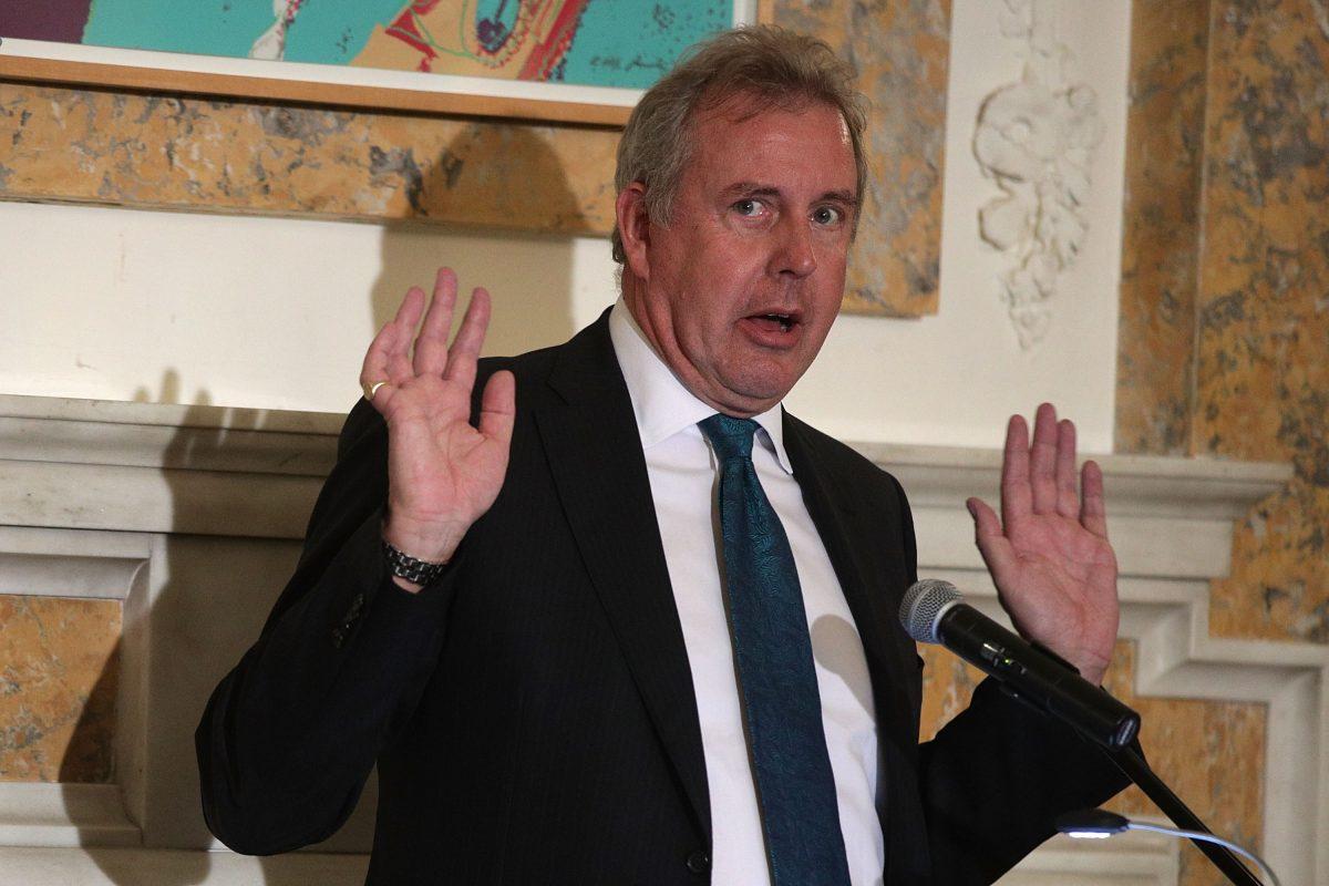Dimite el embajador británico en EE. UU. tras polémica por críticas a Trump