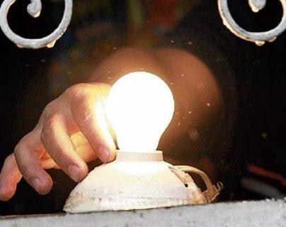 Dos empresas accionistas de la distribuidora de energía Energuate, plantearon demandas contra el Estado de Guatemala por la vía de arbitrajes internacionales. (Foto Prensa Libre: Hemeroteca)