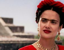 Dirigida por Julie Taymor, esta película trata sobre  Frida Kahlo, pintora mexicana del siglo XX que se distingue por su obra surrealista. (Foto Prensa Libre: Netflix)