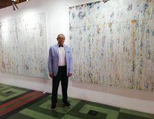 Fernando M. Díaz  trabaja temas abstractos que encierran filosofía y otros argumentos para explorar la esencia del ser humano.  (Foto Prensa Libre: Ingrid Reyes).