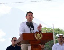 Jimmy Morales durante conferencia de prensa en Escuintla, donde entregó casas a los damnificados. (Foto Prensa Libre: Gobierno de Guatemala).