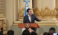 El presidente Jimmy Morales tendrá cinco meses para coordinar la entrega del mando a quien resulte ganador en la segunda vuelta. (Foto Prensa Libre: Hemeroteca PL)