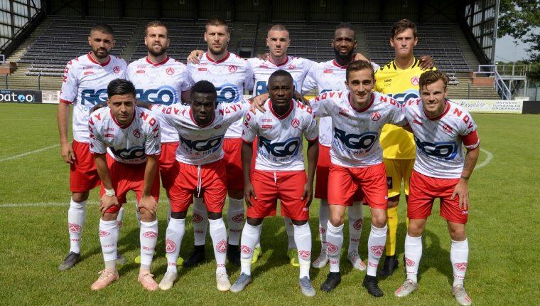 Nicholas Hagen fue titular el fin de semana paso con el KV Kortrijk de la Jupiler League, Primera División de fútbol en Bélgica. (Foto Prensa Libre: Cortesía)