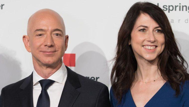 Jeff y Mackenzie Bezos estuvieron casados durante 25 años. (Foto Prensa Libre: Hemeroteca PL).