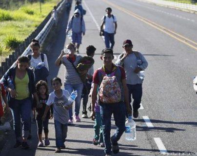Cientos de miles de personas de América Central huyen de su tierra natal cada año; algunas lo hacen rumbo a Alemania. Deutsche Welle
